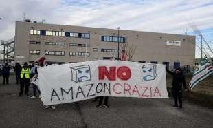 sciopero dei lavoratori amazon