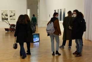 visitatori della mostra io dico io foto di bacco (3)