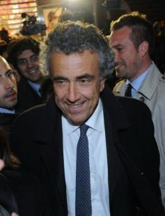 Fabrizio Barca arriva alla sezione di via dei Giubbonari