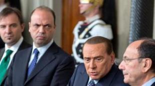Silvio Berlusconi con Alfano e SchifaniQATIPM x