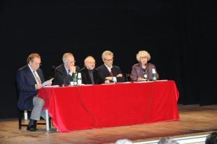 Tavolo degli oratori