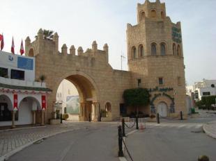 YACHT DI RICCARDO BOSSI IN TUNISIA FOTO GUASTELLA PER IL CORRIERE