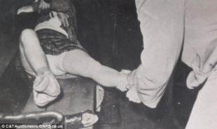 undressing male prostitute melbourne