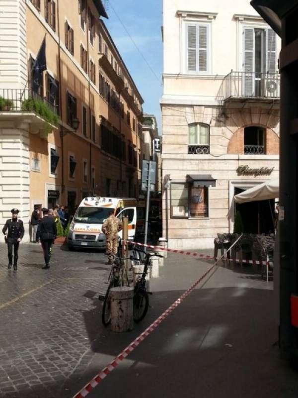 Bar ciampini, in piazza san lorenzo in lucina - Dago ...