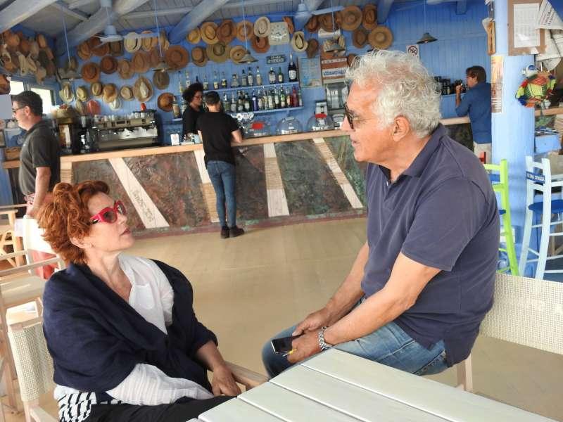 Matrimonio Ultima Spiaggia Capalbio : Lucrezia lante della rovere con adalberto ultima spiaggia