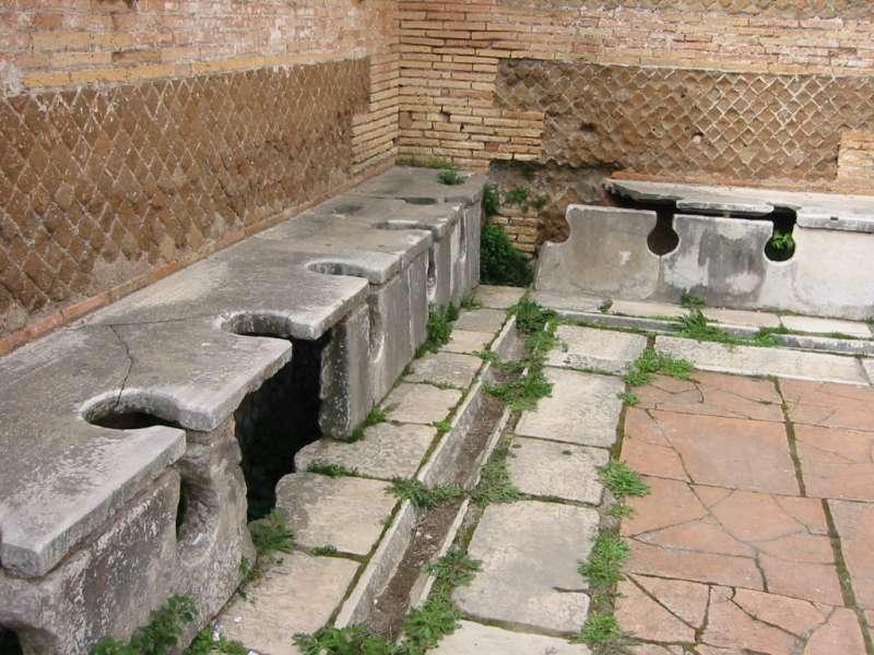 Bagni pubblici e sistemi geometryka per roma fiumicino