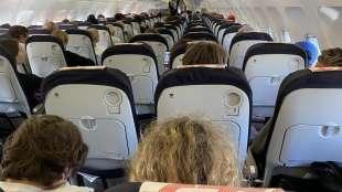 aereo air france pieno nonostante il coronavirus 3