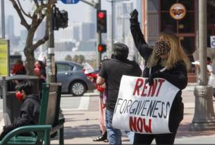 proteste affitti california