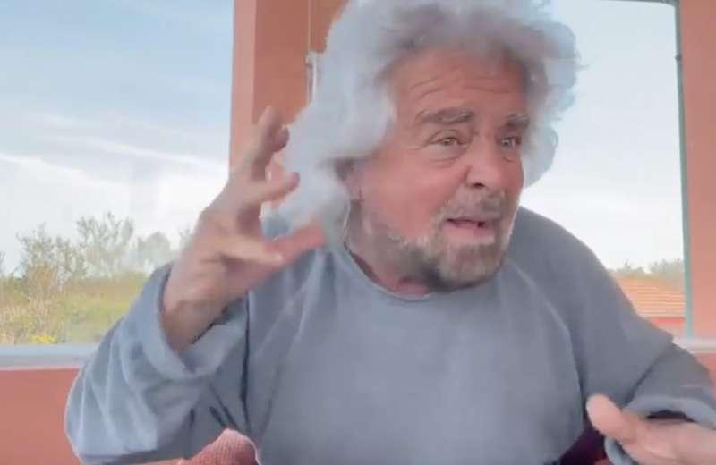 BEPPE GRILLO NEL VIDEO A DIFESA DEL FIGLIO CIRO