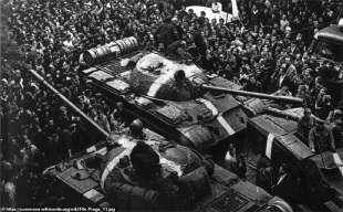 Carri armati durante l'invasione della Cecoslovacchia