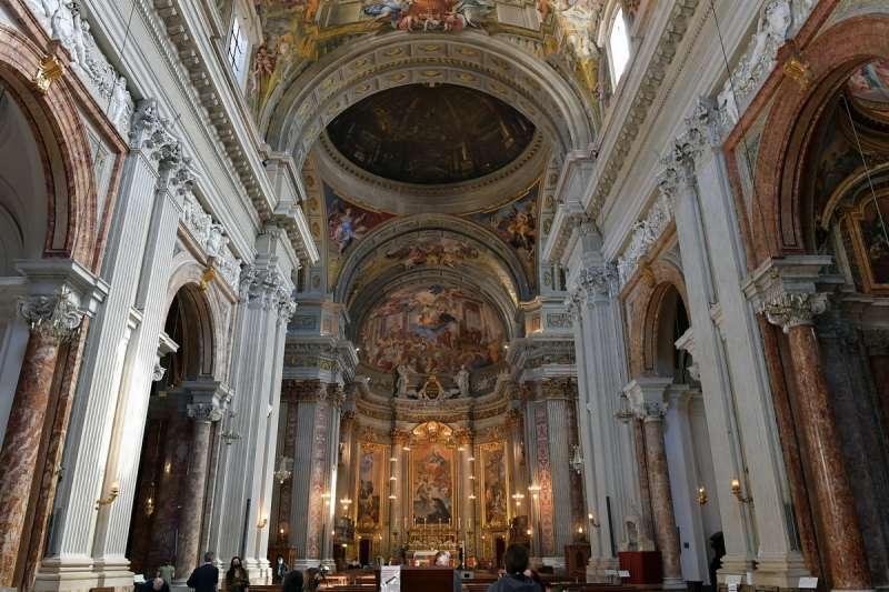 chiesa di sant ignazio di loyola (1)