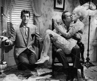 dean martin, ray walston kim novak baciami stupido