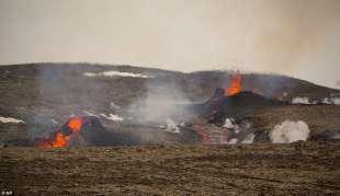 eruzione vulcano valle di geldinga, in islanda 4