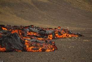 eruzione vulcano valle di geldinga, in islanda 5