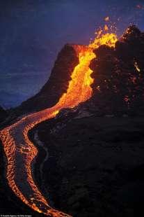 eruzione vulcano valle di geldinga, in islanda 9