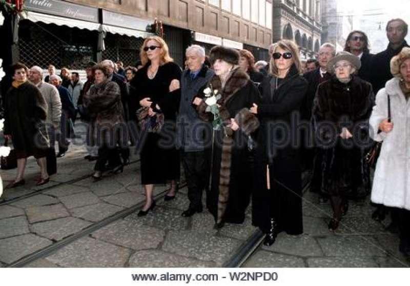 Funerale di Giorgio Strehler - andrea jonasson andrea soleri ferruccio cortese-valentina mara bugni