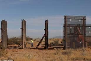 il muro al confine tra usa e messico