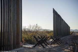 il muro al confine tra usa e messico douglas, arizona