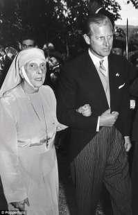 il principe filippo con la madre alice battenberg