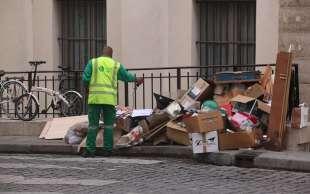immondizia a parigi 14