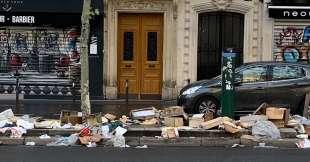 immondizia a parigi 9