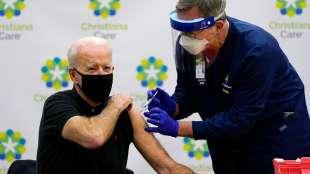 joe biden e il vaccino contro il coronavirus 1