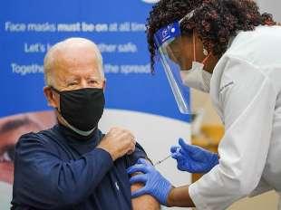 joe biden e il vaccino contro il coronavirus