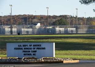 la prigione di butner, north carolina, dove e' morto bernie madoff