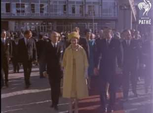 la regina elisabetta e gianni agnelli a torino nel 1961