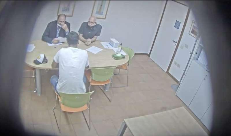 la video registrazione dell'esame farsa di luis suarez 12
