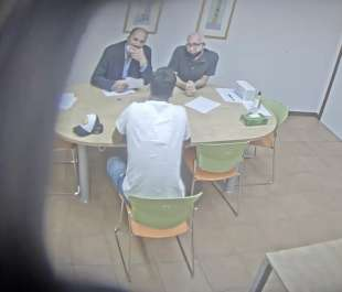 la video registrazione dell'esame farsa di luis suarez 13