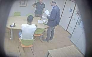 la video registrazione dell'esame farsa di luis suarez 8