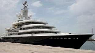 lo yacht di akhmedov
