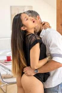 may thai porn video (2)