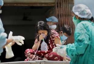 ossigeno mancante in india