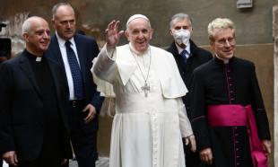 papa francesco senza mascherina