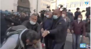 scontri tra ristoratori e polizia davanti montecitorio 19