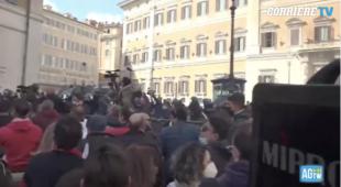 scontri tra ristoratori e polizia davanti montecitorio 21