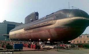 sottomarini alla base artica