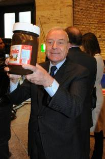 Gianni Letta con la Nutella