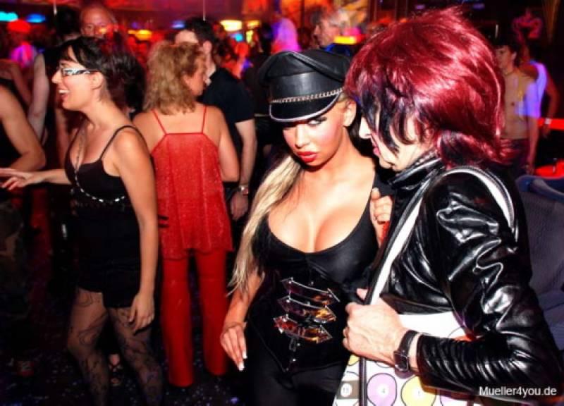 image Kit kat club sex trance bizarre 16