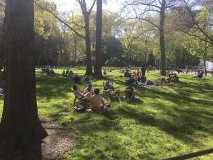 coronavirus a new york folla a central park 6