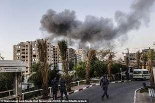 attacchi aerei israeliani a gaza
