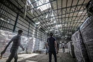 edificio colpito a gaza