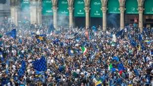 inter festa piazza duomo