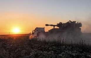 israele attacca la striscia di gaza 23