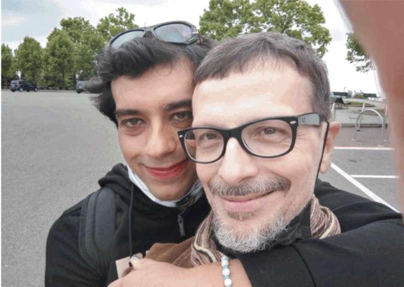La transgender Silvia con il suo fidanzato