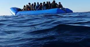migranti lampedusa 12