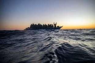 migranti lampedusa 13