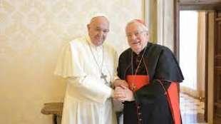 papa francesco e gualtiero bassetti